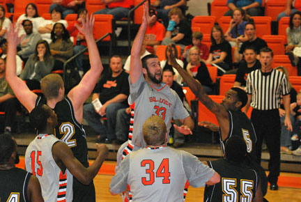 3rd MBB vs. Reinhardt Photo