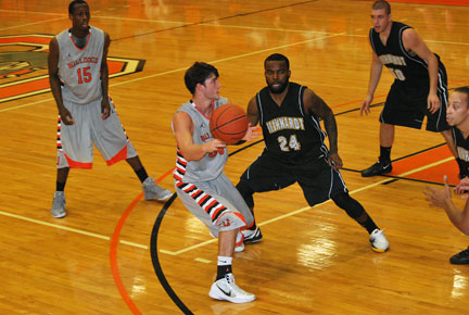 16th MBB vs. Reinhardt Photo