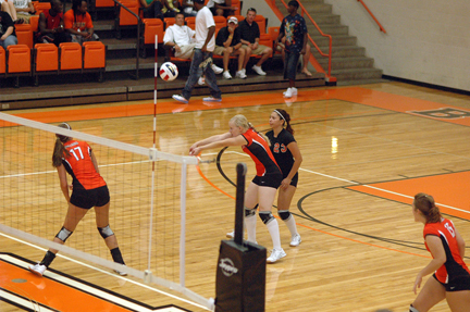 4th Volleyball vs. UVa-Wise Photo