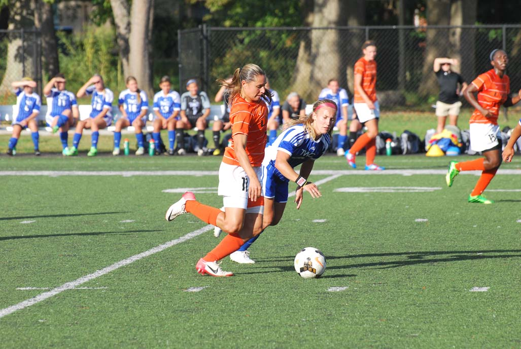 18th WSoccer vs. Tennessee Wesleyan  Photo