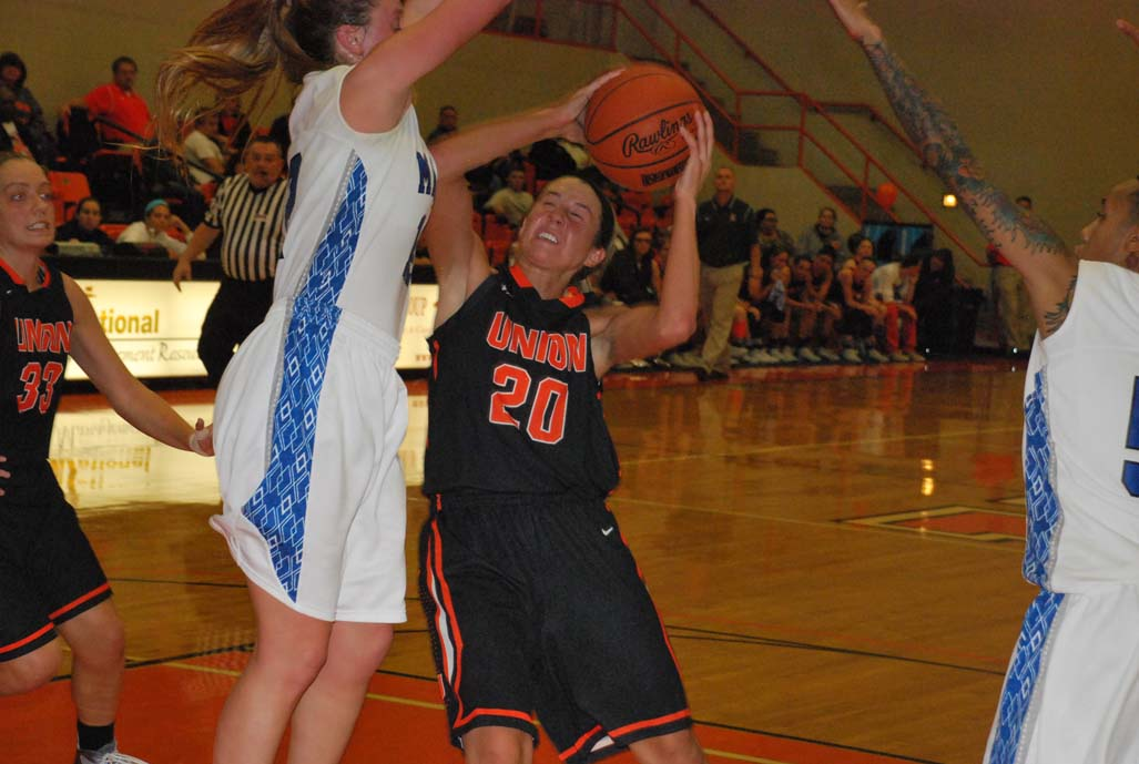 22nd WBB vs. Midway Photo