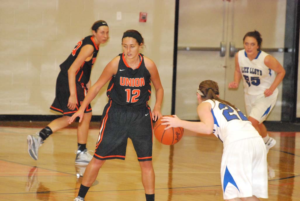 18th WBB vs. Alice Lloyd (Union College Holiday Classic) Photo