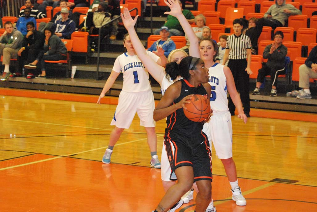 23rd WBB vs. Alice Lloyd (Union College Holiday Classic) Photo