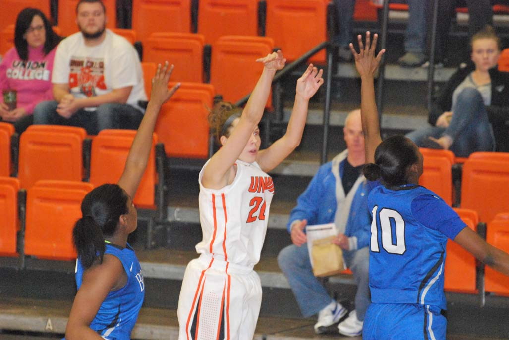 3rd WBB vs. Berea Photo