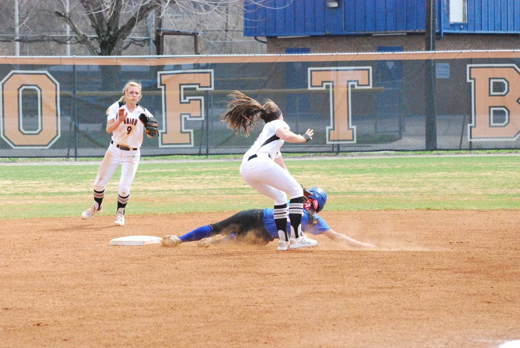35th SB vs. Bluefield Photo