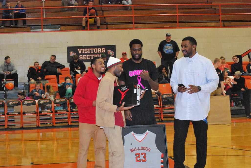 3rd MBB vs. Reinhardt (Senior Night) Photo