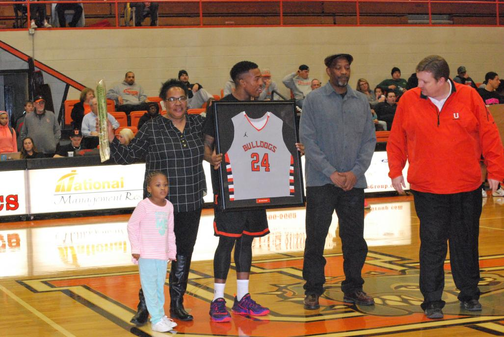 7th MBB vs. Reinhardt (Senior Night) Photo