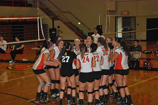1st Volleyball vs. St. Thomas Photo