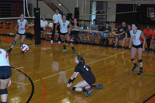 3rd Volleyball vs. St. Thomas Photo
