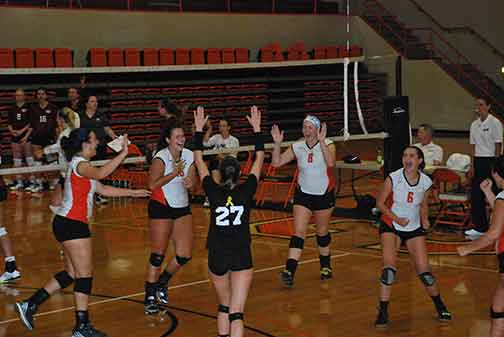17th Volleyball vs. St. Thomas Photo