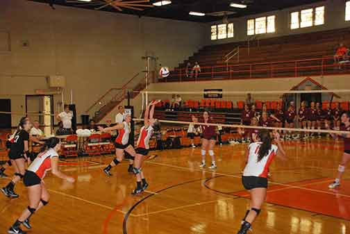 20th Volleyball vs. St. Thomas Photo