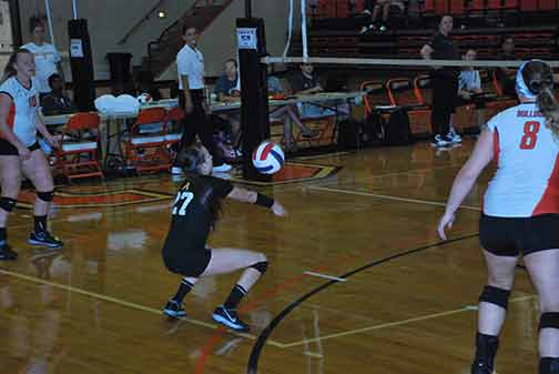 21st Volleyball vs. St. Thomas Photo