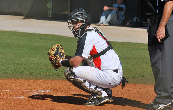 Photo for Bulldogs Sweep Way Past Clermont