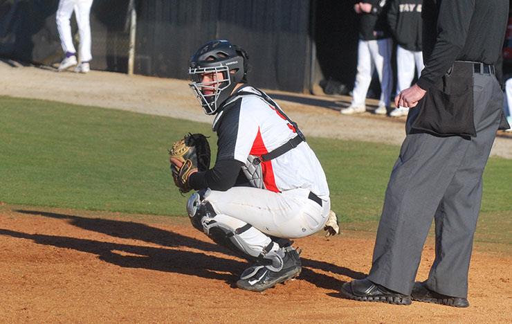 Photo for Bulldogs Rally for 9-8 Win over Cumberlands