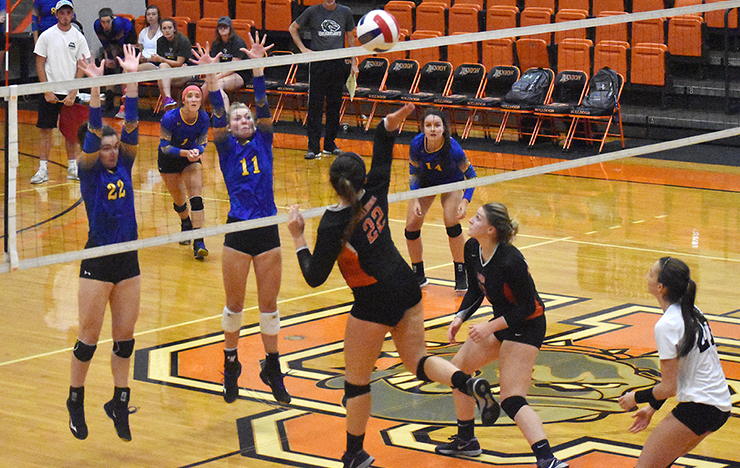 Photo for Union Rallies for 3-2 AAC Victory at Bryan