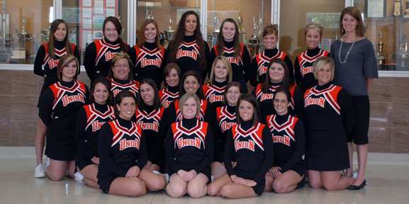 2008-09 Cheerleading Team Photo