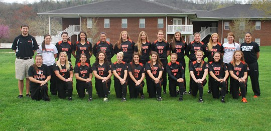 2013 Softball Team Photo