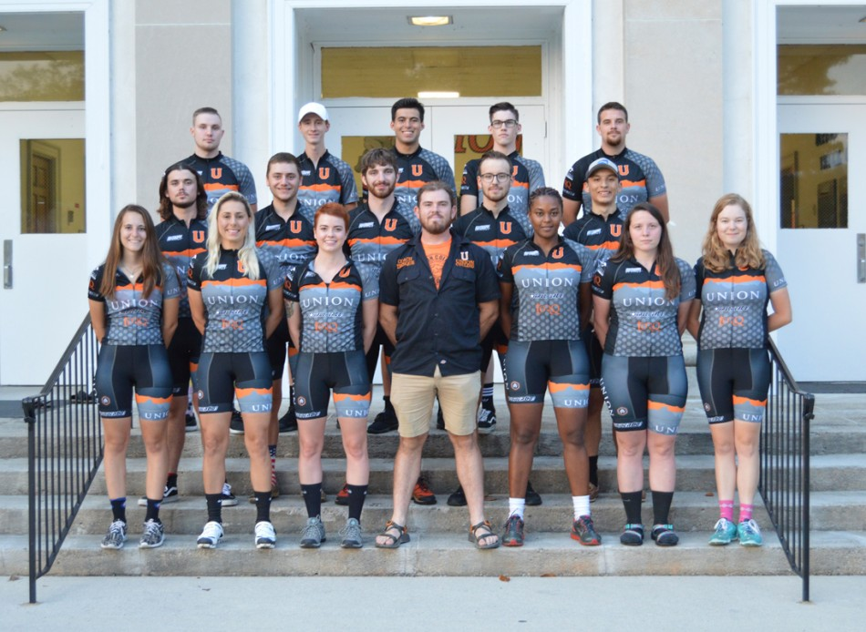 2017-18 Cycling Team Photo